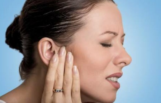 Discharge From Ear in Marathi